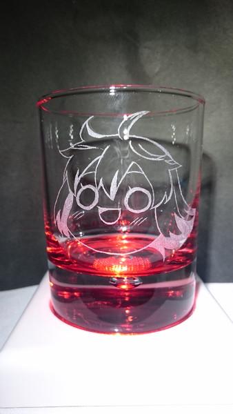 ゆっくり先代をグラスに彫ってみた
