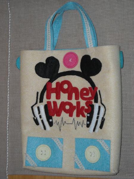 HoneyWorksロゴバッグ