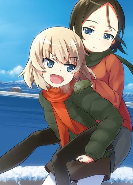 小学生時代のカチューシャとノンナ