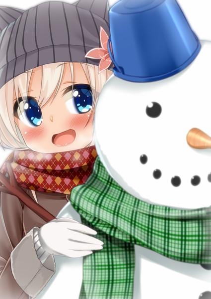 ろーちゃん「提督!雪だるま作ったですって!」