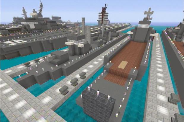 第一号型輸送艦と第百一号型輸送...