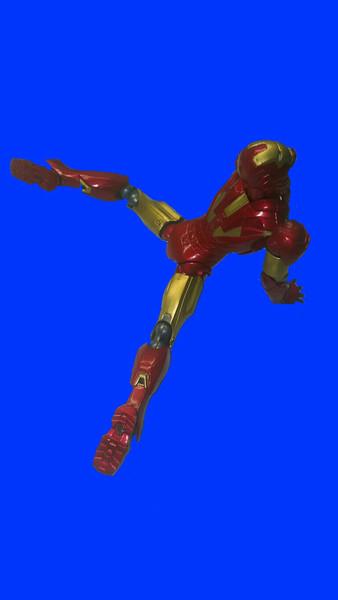 飛翔するアイアンマン先輩.marksix