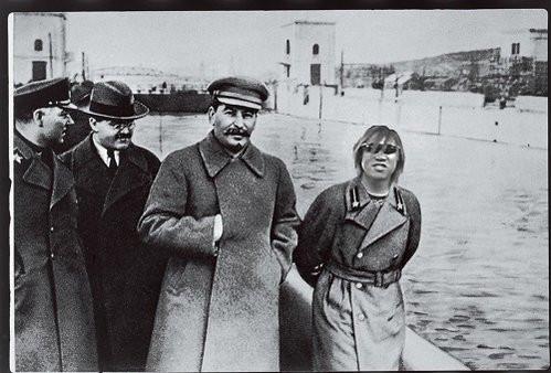 ソビエト連邦専属調教師のタクヤと申します