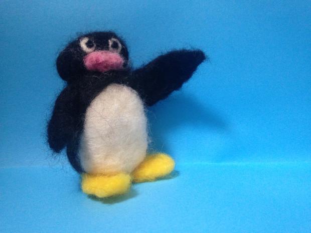 気さくに挨拶をするペンギン